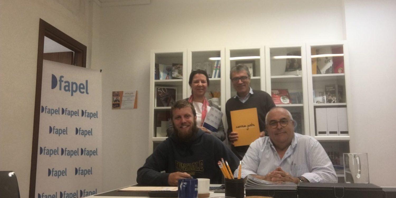 FAPEL signa un conveni de col·laboració amb Correm junts